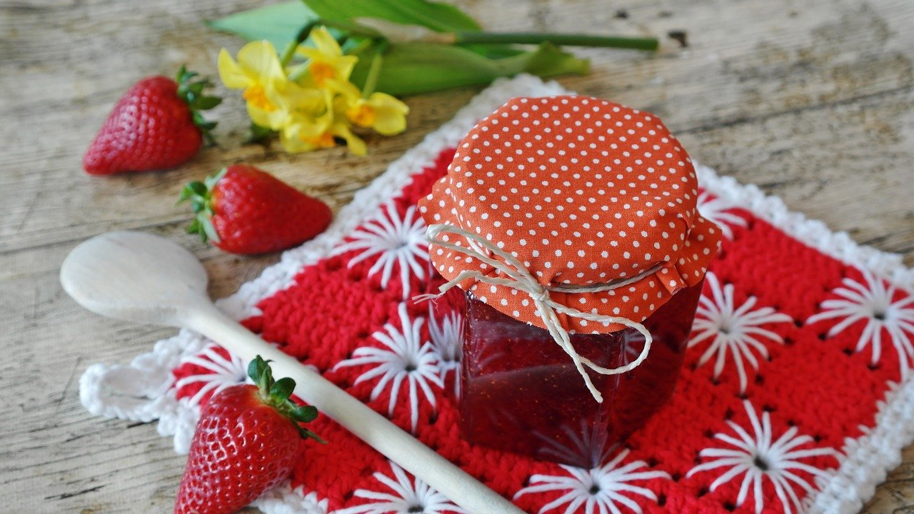 Strawberry Jam Recipe ( No Pectin)