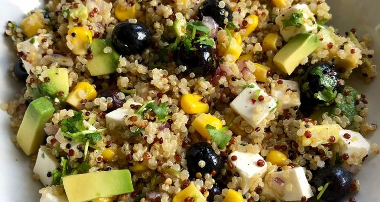 Avocado Blueberry Quinoa Salad Recipe (Healthy)