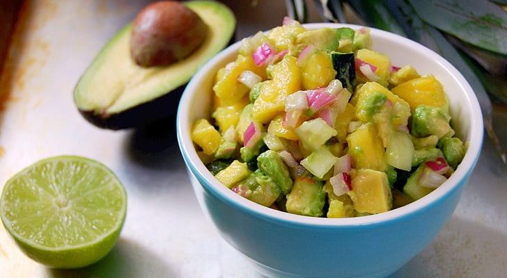 SWEET AND SPICY AVOCADO PINEAPPLE SALSA RECIPE