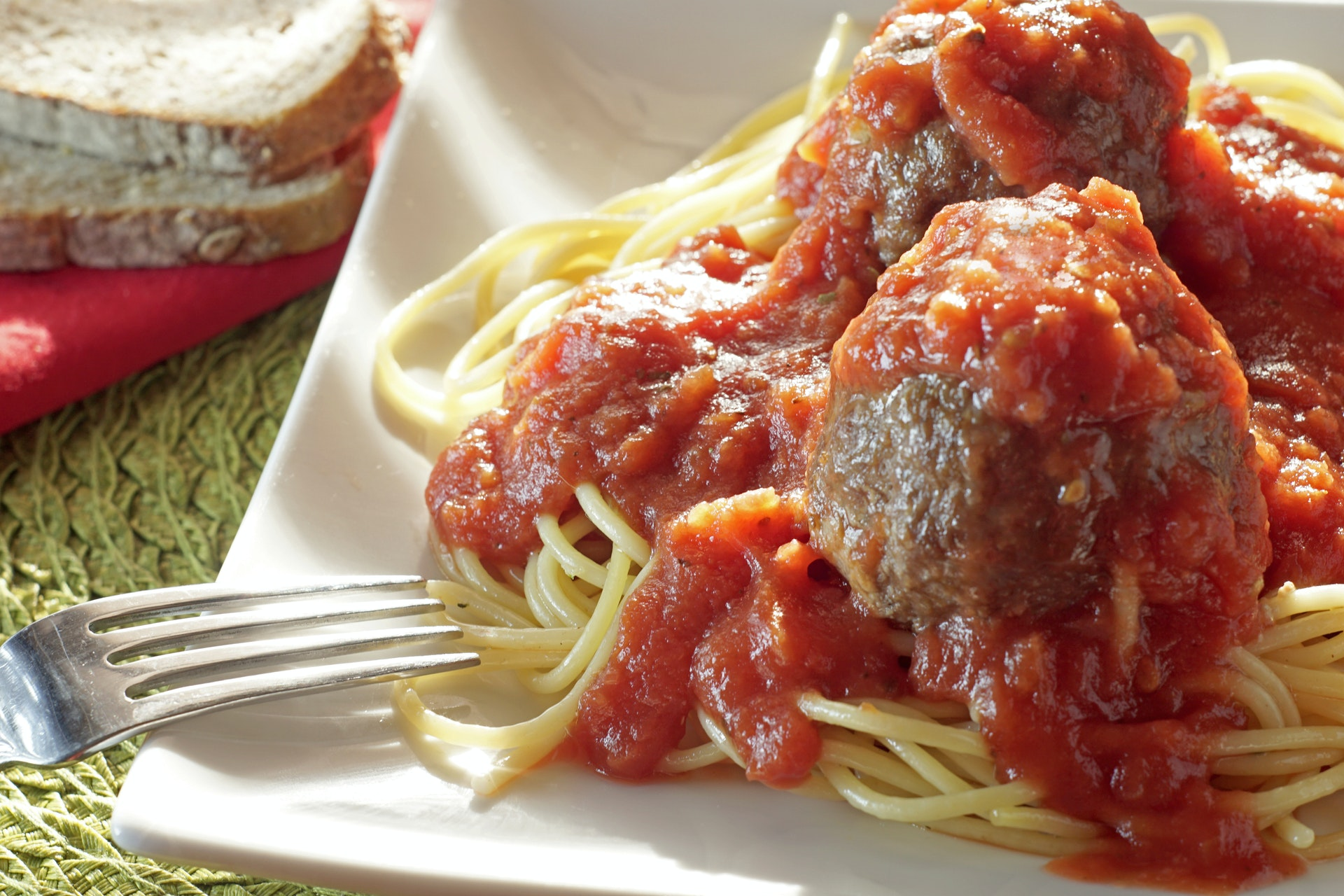 Easy Homemade Spaghetti and Baked Meatballs Recipe