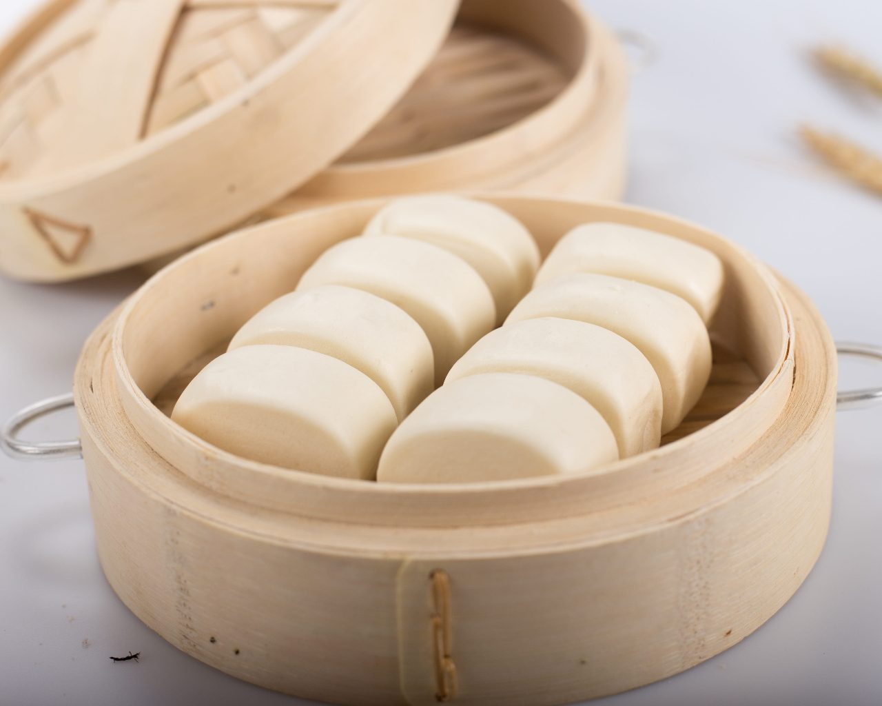 White Chinese Steamed Buns (Easy Mantou Recipe)