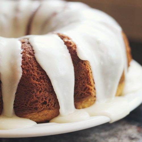 apple cider glazed bundt cake