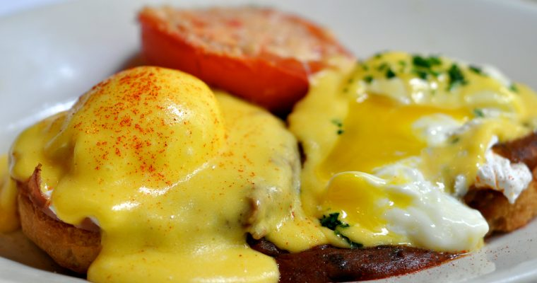 Foolproof 5-Minute Blender Hollandaise Sauce Recipe
