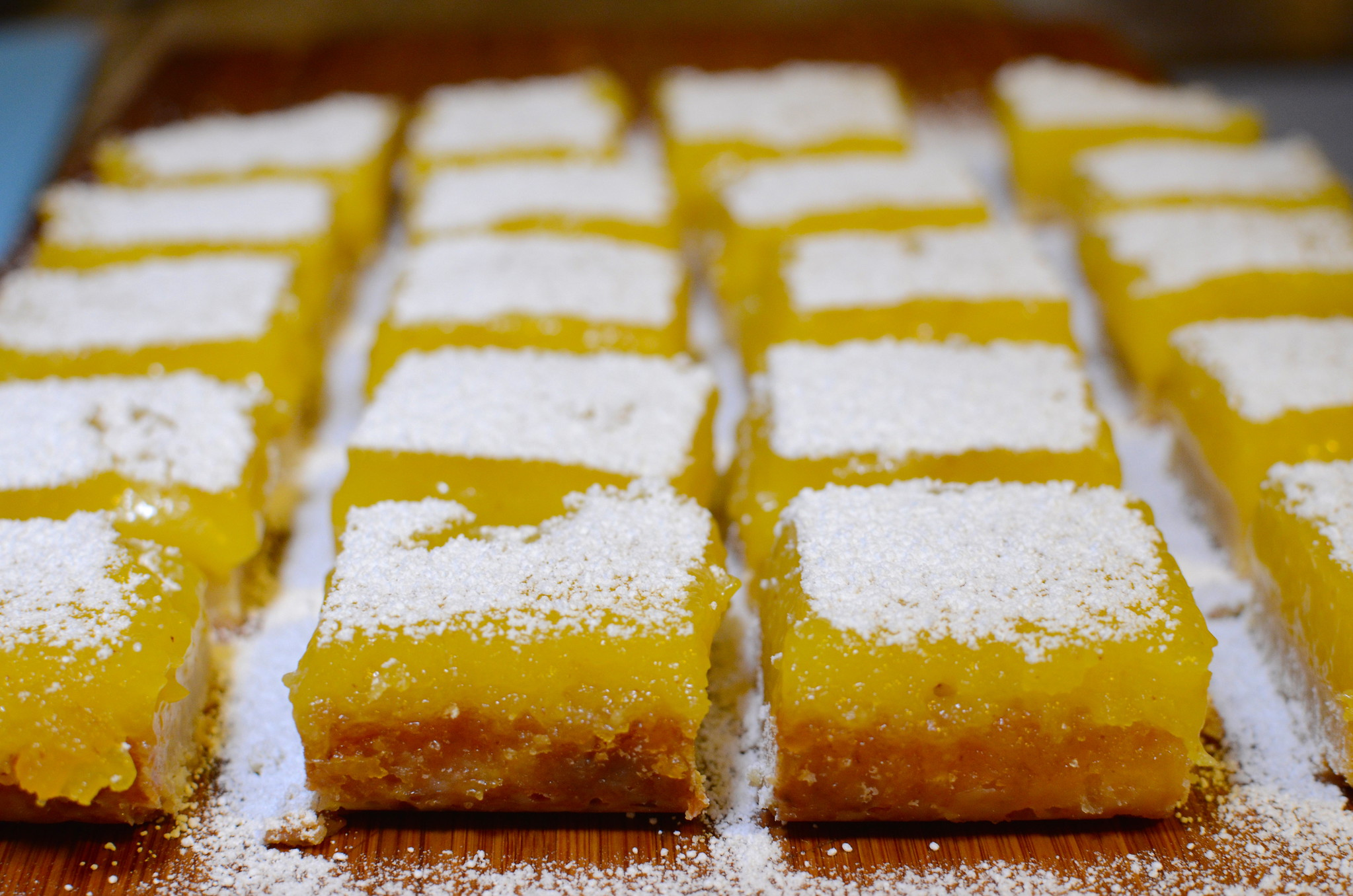 Old-Fashioned Lemon Bars Recipe With Shortbread Crust